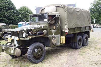 """Die historischen Militärfahrzeuge können auch in den Camps während des """"Final Push"""" besichtigt werden."""