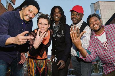 Die Roots Reggae Band Jash Culture  sorgt mit ihrer Musik für Lebensfreude pur. Foto: nno.de