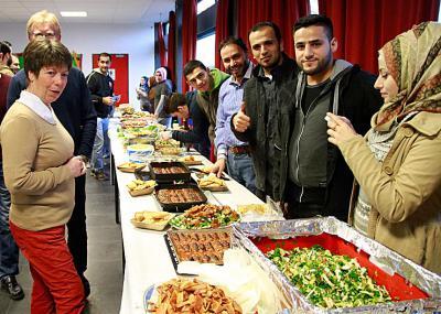 Beim Anblick des riesigen Buffets lief allen das Wasser im Munde zusammen. Foto: nno.de
