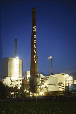 Zur Langen Nacht der Industrie lädt auch die Solvay ein. Foto:  privat