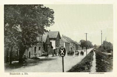 Eine alte Postkarte der Weseler Straße. Foto: privat