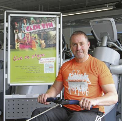 """Guido Lohmann hofft, dass viele Menschen seine Charity-Aktion """"Bewegen hilft"""" unterstützen. So wie die Kult-Band """"Glam Bam"""", die in Moers ein Benefizkonzert gibt. Foto: privat"""