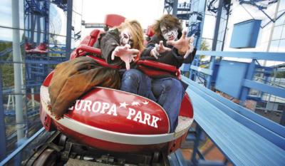 Halloween im Europa-Park in Rust ist ein einzigartiges Erlebnis für die ganze Familie. Gruselspaß garantiert.
