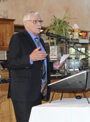 Josef Peters, Vorsitzender der Kreisbauernschaft Kleve, ging hart mit der rot-grünen Umweltpolitik ins Gericht. NN-Foto: CDS