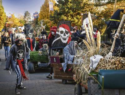 Etwas gruselig geht's zu in Kernie's Familienpark zur Halloween-Zeit. Foto: Kernie