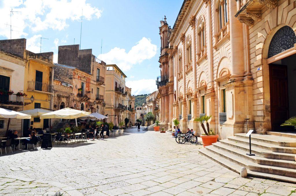 Sizilien Innenstadt Urlaub Italien